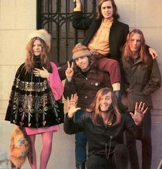 photo Linda McCartney (Eastman): Janis Joplin with Big Brother and The Holding Company Janis to the left, and then clockwise from bottom: Sam Andrews, Dave Getz, Peter Albin and James Gurley 1968 Janis Joplin, The Animals, The Rolling Stones, Joe Cocker, The Doors, Woodstock, Jukebox, Big Brother, Jimi Hendrix Experience