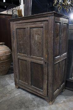 italian 17th century oak cupboard