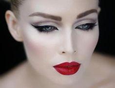 Make up da diva anni '50. Il ritorno del vintage |