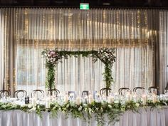 #Wedding #reception: Ideas for #bridal table. Couple celebrate wedding at View By Sydney, Walsh Bay