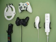 Game Controller Wall Clip - Xbox 360 Wii PlayStation Storage and Organizer - 4 Pack, Black for our games room one day although at the rate we are going will need a minimum of 8 Video Game Organization, Video Game Storage, Organization Ideas, Bedroom Organization, Nerd Room, Gamer Room, Nerd Cave, Man Cave, Xbox 360
