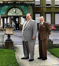 _laurel and Hardy in Dun Laoghaire IR in 1953 -- 60 Vintage Photos From Forgotten Moments In History Laurel And Hardy, Stan Laurel Oliver Hardy, Hollywood Stars, Classic Hollywood, Old Hollywood, Wow Photo, Comedy Duos, Hidden Photos, Silent Film