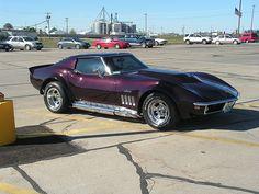 1969 Corvette Stingray - the sexiest car! 1969 Corvette, Corvette Summer, Chevrolet Corvette Stingray, Classic Corvette, Ford Classic Cars, Classic Mustang, Us Cars, Sport Cars, Design Retro