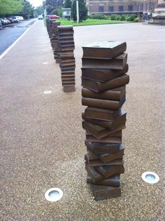 Bollard /  Traffic bollards at the University Library