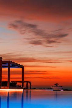 vividessentials:  Montecarlo Beach Club | vividessentials