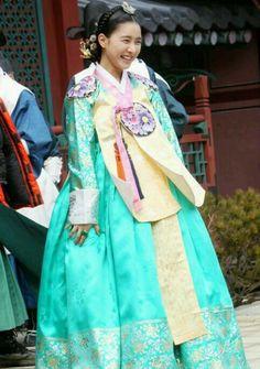 korean actress park ha sun wearing a hanbok in her role as