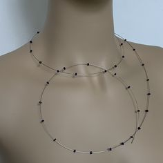 Bijzonder wikkelcollier zonder sluiting. Gemaakt van 40 facet geslepen blauwe Burma saffieren, ontworpen door maria van der mel, limited edition. Chokers, Chain, Silver, Jewelry, Bijoux, Jewlery, Jewels, Jewelery, Jewerly
