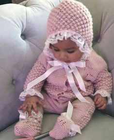 Check out this item in my Etsy shop https://www.etsy.com/listing/519493367/baby-elegant-and-stylish-set-knitting
