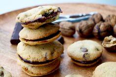 Chocolat chip sandwich cookies