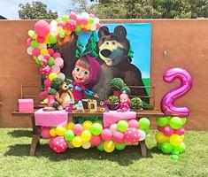Third Birthday Girl, Second Birthday Ideas, Bear Birthday, Birthday Photos, 2nd Birthday Parties, Birthday Party Decorations, Masha Et Mishka, Marsha And The Bear, Bear Party