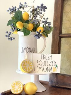 Rae Dunn inspired fresh squeezed lemonade sign, teired tray sign, mini sign Who doesn't love fresh squeezed lemonade? Lemon Kitchen Decor, Farmhouse Kitchen Decor, Lemonade Sign, Homemade Lemonade Recipes, Fresh Squeezed Lemonade, Tray Decor, Seasonal Decor, Holiday Decor, Sweet Home