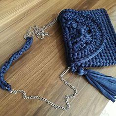Mavişimee ������ #canta #deryabaykallagulumse #hobi#çeyiz#örgü#örgüsepet #çanta #örgüsever##birlikteörelim #örmeyiseviyorum#elemeği #elişi #örelimgüzelleşelim #tığişi #gelin #yenigelin #dekor#knitting #crochet#annelergünü #hediye#gulumsetenfikirler#çantacı #giyim #aksesuar #moda #yenimodel #yenimoda#hobiseverlerburada http://turkrazzi.com/ipost/1523163090958694646/?code=BUjXMLblDj2