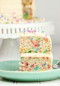 Beautiful Image of Vegan Birthday Cake Recipe . Vegan Birthday Cake Recipe Vegan Gluten Free Funfetti Birthday Cake Recipe Vegan N Best Vegan Cake Recipe, Cake Vegan, Vegan Dessert Recipes, Vegan Sweets, Cake Recipes, Vegan Food, Delicious Desserts, Funfetti Kuchen, Funfetti Cake