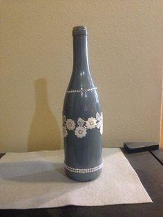 Decoración de la botella de vino por SweetLouieOriginals en Etsy