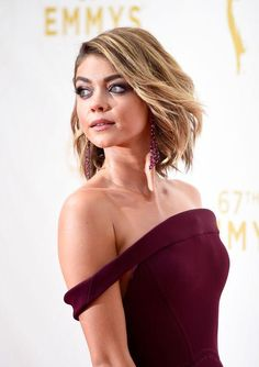 How to get Sarah Hyland's 2015 Emmy's look