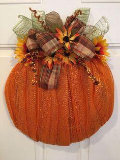 Fall Deco Mesh Wreath 17 Inch Pumpkin 17 Handmade Fall Deco Mesh Or… - Wreath Ideen Pumpkin Mesh Wreaths, Deco Mesh Pumpkin, Fall Mesh Wreaths, Halloween Mesh Wreaths, Fall Deco Mesh, Diy Fall Wreath, Deco Mesh Wreaths, Christmas Mesh Wreaths, Wreath Ideas