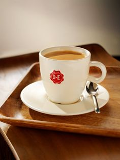 Brought home two super-fine Douwe Egberts cups & saucers from Breda, NL. They make the beverage taste better somehow!