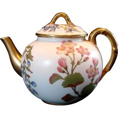 English Royal Worcester Hand Painted Teapot Flowers c 1889 from darcysantiquetreasures on Ruby Lane Cool Mugs, Teapots And Cups, Kettles, Tea Service, Antique China, Oclock, Ruby Lane, Sugar Bowl, Tea Time