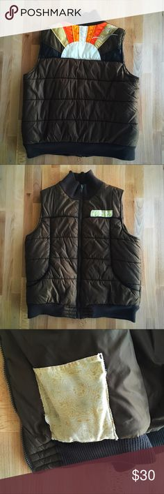 Roxy Quilted Sunset Vest Soak up the winter sun in this rad quilted vest from Roxy. Warm with well sized pockets. Hand sewn detailing over breast pocket logo and interior pocket, slightly torn but simply mended. Feels fantastically light on, fabric is smooth and totally delightful. Color: Brown. EUC. Please ask questions, this is a unique, one of a kind piece! Roxy Jackets & Coats Vests