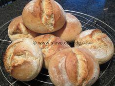 Slavas knusprige Ruckzuck-Brötchen « kochen & backen leicht gemacht mit Sc... - http://back-dein-brot-selber.de/brot-selber-backen-rezepte/slavas-knusprige-ruckzuck-broetchen-kochen-backen-leicht-gemacht-mit-sc/