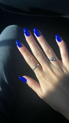Acrylic Nails Coffin Short, Simple Acrylic Nails, Almond Acrylic Nails, Cobalt Blue Nails, Blue Gel Nails, Dark Blue Nails, Faux Ongles Gel, Milky Nails, Nagellack Design