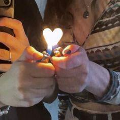 Couple Aesthetic, Aesthetic Grunge, Aesthetic Photo, Aesthetic Pictures, Gay Aesthetic, Cute Couples Goals, Couple Goals, Rauch Fotografie, Teen Romance