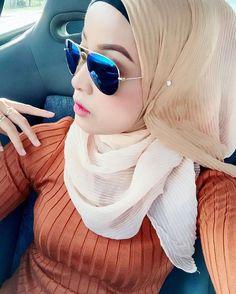 hijaber moods #muslimahimpian Muslim Fashion, Hijab Fashion, Hijab Tutorial, Hijab Outfit, Outfits, Style, Swag, Suits, Hijabs