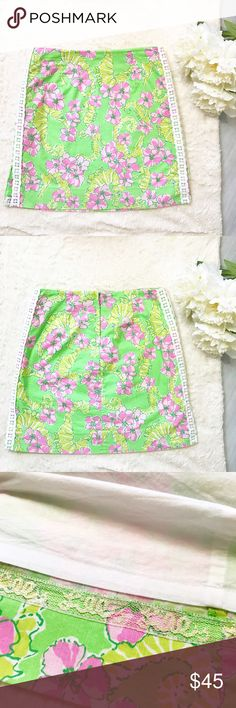 Lilly Pulitzer Originals Limeade Floaters Roslyn Lilly Pulitzer Originals Limeade Floaters Size 2 Excellent Used Condition! Perfect for summer!  Feel free to ask for measurements!  MAKE AN OFFER! Lilly Pulitzer Skirts