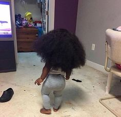 Cute little baby boop and her long gorgeous locks ! Cute Mixed Babies, Cute Black Babies, Black Baby Girls, Beautiful Black Babies, Cute Baby Girl, Beautiful Children, Little Babies, Cute Babies, Baby Kids
