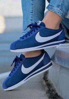 Zapatos Nike Cortez, Nike Cortez Bleu, Nike Cortez Shoes, Sneakers Mode, Sneakers Fashion, Fashion Shoes, Shoes Sneakers, Women's Shoes, Shoes 2016