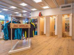 Cosa hanno in comune Lindura e i ciclisti? La resistenza  Montura bike store adopted Lindura flooring