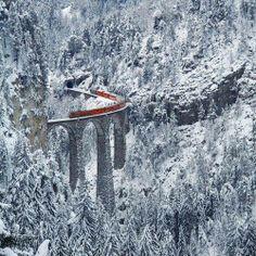 Snow Train, Landwasser Viaduct, Switzerland | Color your World