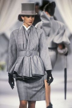 Dior by Gianfranco Ferre Fashion show details