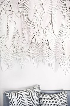 Erin Fetherston's new Hollywood home is featured in the fall 2016 issue of domino magazine. See inside the new home of designer Erin Fetherston. Family Wall Decor, Unique Wall Decor, Room Wall Decor, Living Room Decor, Consort Design, Paper Installation, Angel Wings Wall Decor, Farmhouse Side Table, Farmhouse Style