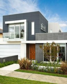 Scyon walls are a range of attractive and durable cement-based cladding and weatherboard wall products for modern Australian homes including new builds and renovations. Interior Cladding, Wall Cladding, Modern Exterior, Exterior Colors, Exterior Wall Materials, External Cladding, Vertical Siding, Exterior Siding, Australian Homes