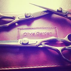 What a great photo of your #SilkCut #shears @mateic_matea. Thanks for sharing your #OliviaGarden #Beautytools!