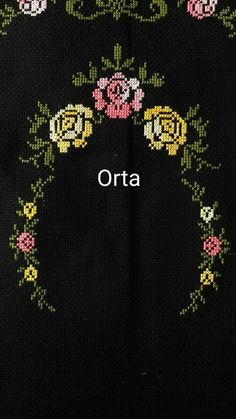 This Pin was discovered by HUZ Cross Stitch Art, Cross Stitch Flowers, Cross Stitch Patterns, Crochet Butterfly, Prayer Rug, Bargello, Christmas Cross, Needle And Thread, Crafts To Do