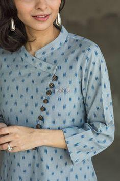 Salwar Designs, Salwar Kameez Neck Designs, Simple Kurti Designs, New Kurti Designs, Kurta Designs Women, Kurti Designs Party Wear, Plain Kurti Designs, Printed Kurti Designs, Neck Designs For Suits