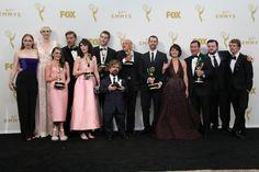 Juego de Tronos triunfa en los Emmys y en las bibliotecas El pasado día 20 de septiembre tuvo lugar la gala de la 67º edición de los premios Emmy y que tratan de galardonar a la industria televisiva de Estados Unidos. Y os preguntaréis… ¿Y por qué un post sobre los premios Emmy en Comunidad Baratz?... ¿Qué tiene que ver todo esto con vosotros?... ¿Y con nosotros?... Y la respuesta es sencilla: Juego de Tronos arrasó en los premios siendo la primera vez que una serie se llevaba 12 Emmys en un…