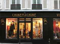 The storefront of Chinemachine Vintage Boutique at 100 rue des Martyrs © Gabriela Sciolino Plump
