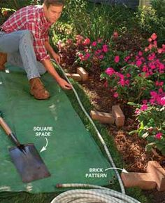 Easy, attractive lawn edging ideas for your yard and garden! Learn how to edge a lawn with our tips for stone, pavers & metal lawn edging. Metal Garden Edging, Garden Pavers, Garden Borders, Lawn And Garden, Garden Beds, Garden Landscaping, Grass Edging, Luxury Landscaping, Garden Hose