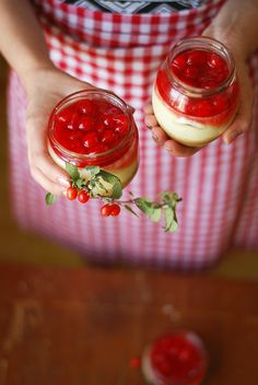 Cherry Cheesecake in a Jar