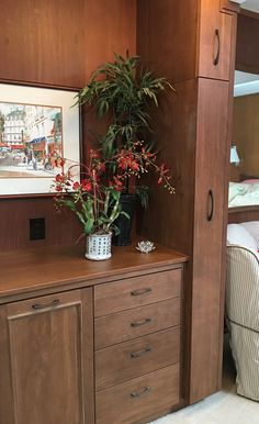 A hidden ironing center built-in to a wall cabinet near the dressing area in the bedroom. Bedroom Closet Design, Laundry Room Design, Room Decor Bedroom, Dressing Room Design, Dressing Area, Home Entrance Decor, Small House Interior Design, Laundry Room Remodel, Ideas Para Organizar