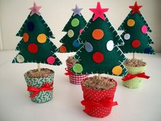 Kids Christmas Ornaments, Christmas Craft Projects, Christmas Paper Crafts, Christmas Tree Cards, Christmas Love, Felt Ornaments, Felt Crafts, Diy And Crafts, Crafts For Kids
