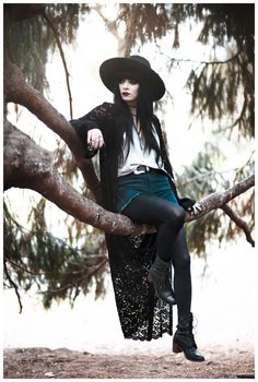 punk fashion We need someone to lean on by Jag Lever Modern Witch Fashion, Dark Fashion, Aesthetic Fashion, Gothic Fashion, Aesthetic Clothes, Boho Fashion, Womens Fashion, Modern Grunge Fashion, Fashion Dresses