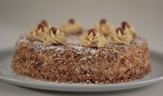 Hazelnootschuimtaart   Judith's Cakes
