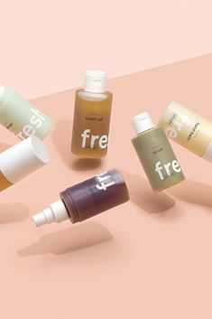 The Fresh concept allows RINGANA to work with highly-potent and extremely perishable active substances that the conventional skin care industry cannot use. The result is fresh, high-performance products whose effects can be seen and felt on your skin. Organic Skin Care, Natural Skin Care, Organic Baby, Natural Makeup, Packaging Inspiration, Wrinkled Skin, Clean Beauty, Anti Aging Skin Care, The Fresh