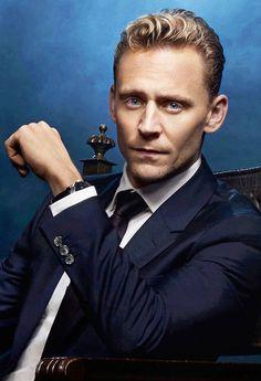 Tom Hiddleston. Via cheers-mrhiddleston.tumblr http://maryxglz.tumblr.com/post/153552355787/cheers-mrhiddleston-x