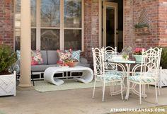 Color Cues | At Home Arkansas | May 2014 | Photography: @Nancy Nolan Photography | #patio