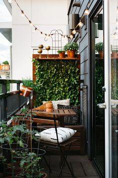 Tiny Balcony, Small Balcony Decor, Small Balcony Design, Small Patio, Balcony Garden, Balcony Ideas, Modern Balcony, Porch Ideas, Patio Design